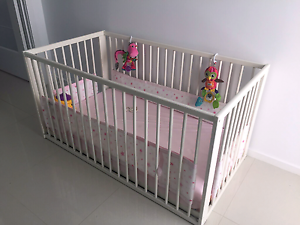 White Timber Playpen/Cot With Mattress Crace Gungahlin Area Preview