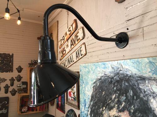 Angled Reflector Sign Lighting Gooseneck RLM BARN Gas Station Light