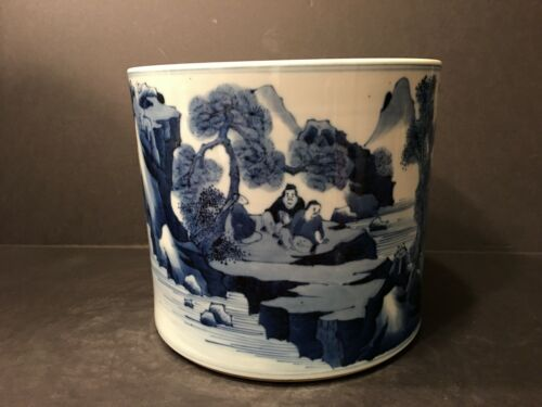 Antique Chinese Blue and WHite Brush Pen Pot, Qing period