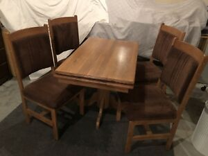 RV Table and Chairs Solid Wood