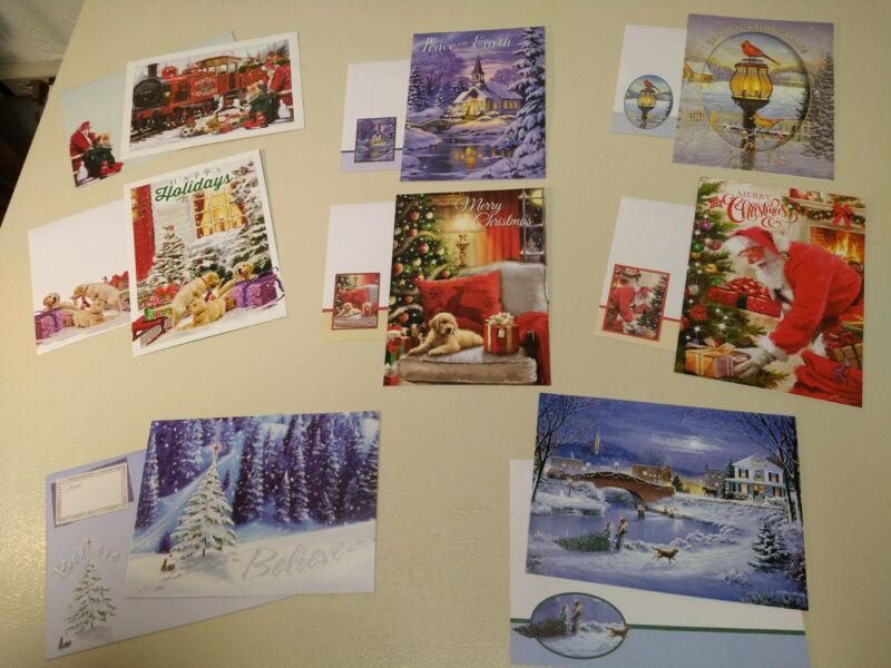Lot of 8 Beautiful Christmas Cards w/Matching Envelopes New