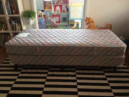Sealy Posturepedic Single Bed Ensemble Manly Vale Manly Area Preview