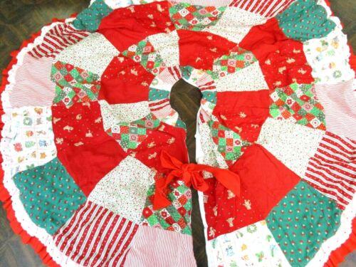 "Vintage Patchwork Quilt Tree Skirt Handmade 41"" Red Green"