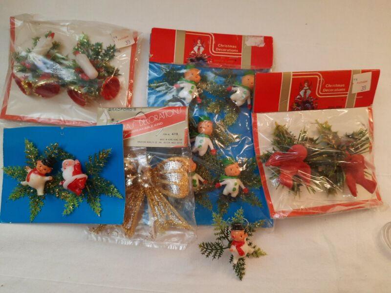 Nice Lot Vintage Christmas Package Tie On Decorations Crafting Trims Hong Kong