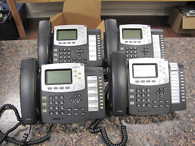 Lot Of 4 Digium D50 Ip Phones With Handsets And Stands - Quantity
