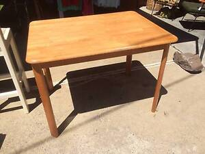 Dining Table We CAN DELIVER, Furniture,Kitchen,small Brunswick Moreland Area Preview