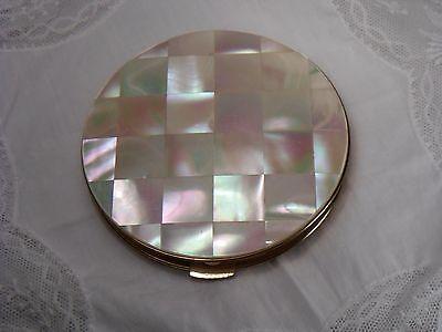 Art Deco Puderdose Messing Spiegel Perlmutt Plättchen Ø 83 mm / 13 mm dick 111 g