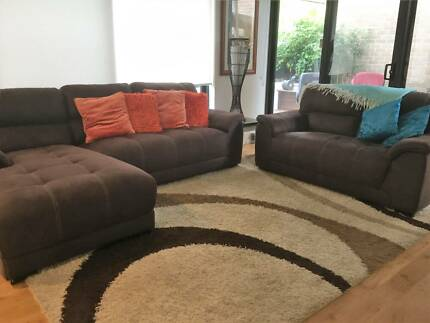 2 seater Sofa and 3 seater chaise