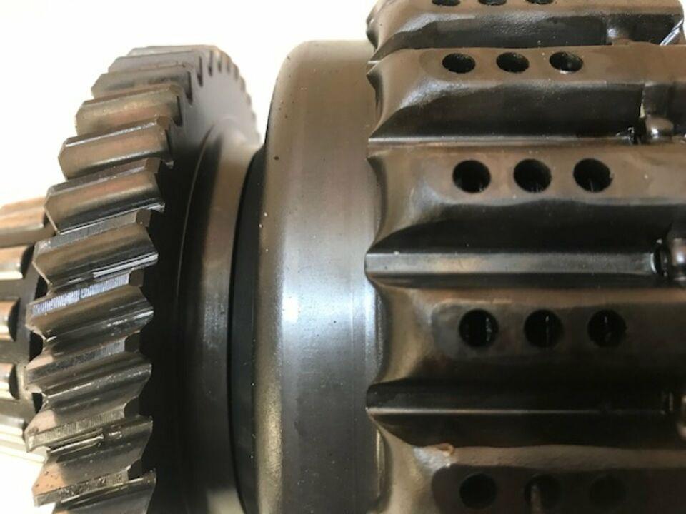 Case Maxxum 5120, obere Welle, Lastsch., Getriebe 4AU2B6B in Itterbeck