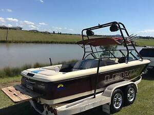 LEWIS ECLIPSE SKI BOAT / WAKE BOAT Rutherford Maitland Area Preview