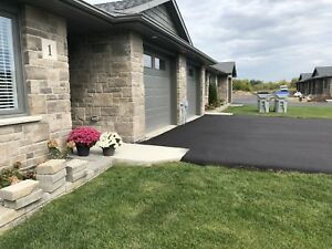 BEAUTIFUL Brand New Ground Level Townhome for RENT - LISTOWEL