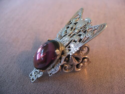 1960s? Vintage, Kim fly insect ring w plum/purple amethyst stone
