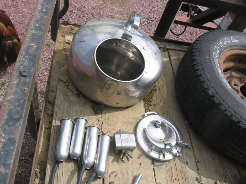 SURGE MILKER WITH PULSATER STAINLESS STEEL Cow Goat