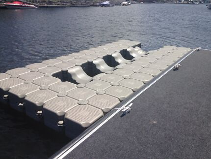Dry dock pontoon  Paradise Point Gold Coast North Preview