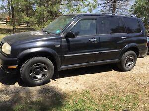 2001 Suzuki XL7 $750