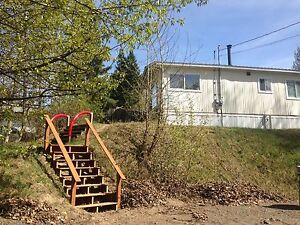 Available August 1st 3 bed 2791 minotti $1050 a month trailer