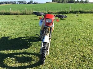 2006 XR650L Located just outside of Edson