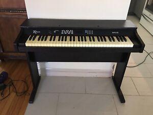 Robson Electric Keyboard