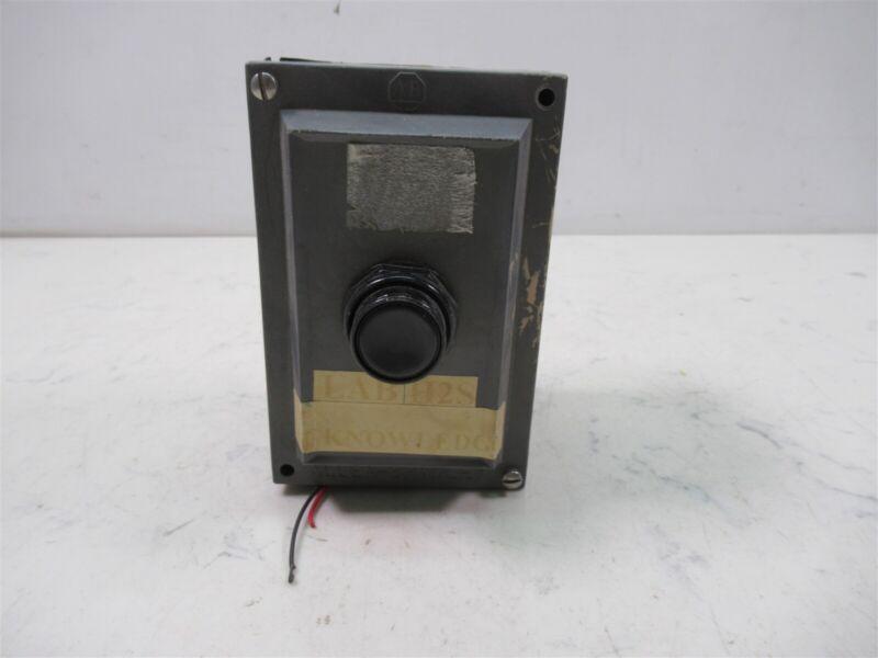 AB Allen Bradley 800R-1HZ4R Single Push Button Enclosure Electrical