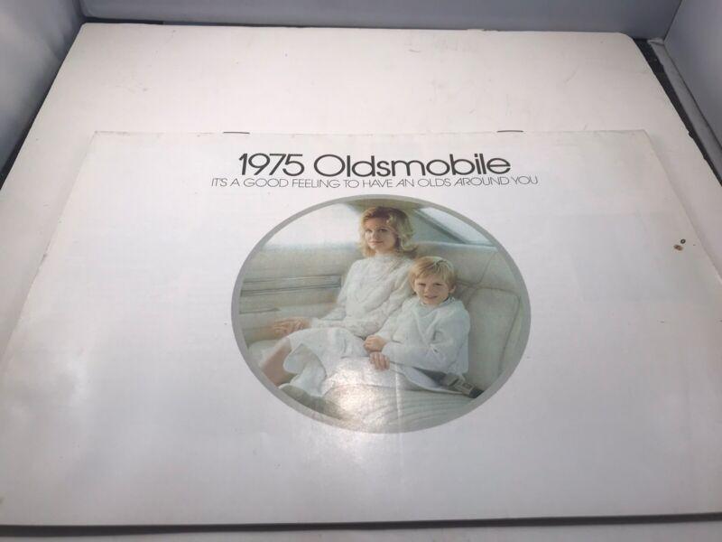 1975 Oldsmobile Brochure