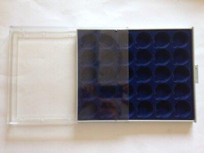 Münzbox von Lindner, blau, 30 Fächer, ca. 3,2 cm Durchmesser, guter Zustand !!!