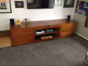Timber Sideboard/TV Cabinet Bateau Bay Wyong Area Preview