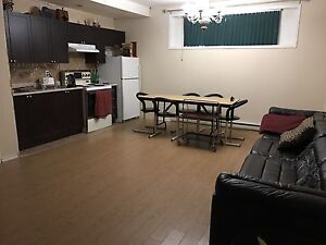 4 1/2 A LOUER A CHOMEDEY - 4 1/2 FOR RENT IN CHOMEDEY