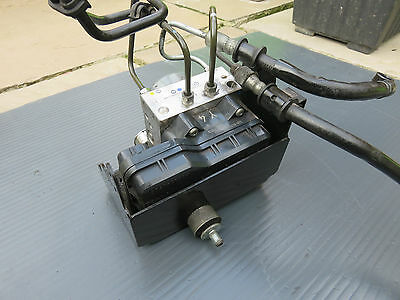 <em>YAMAHA</em> XJ6 ABS CONTROL UNIT WITH ALL PIPES WORKING FINE