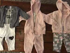 Carter's 3 piece outfits size 3 months