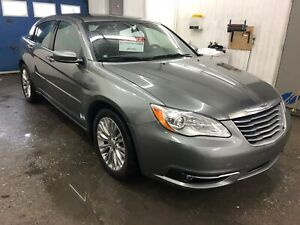 2013 Chrysler 200 Touring A/C MAGS