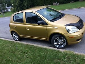 2004 Toyota echo 5 doors automatic with AC