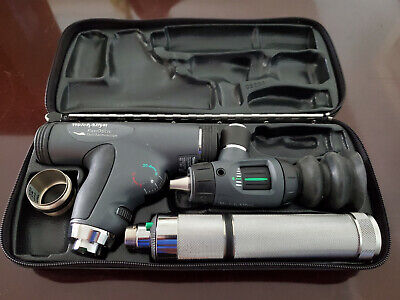 Welch Allyn Panoptic Ophthalmoscope Macroview Otoscope Diagnostic Set 3.5v 97800