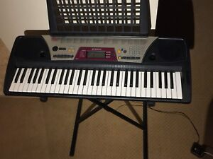 Yamaha Keyboard Piano 61 Full-Sized Keys with Keyboard Stand
