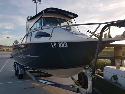 TABS 6.6 Offshore Boat