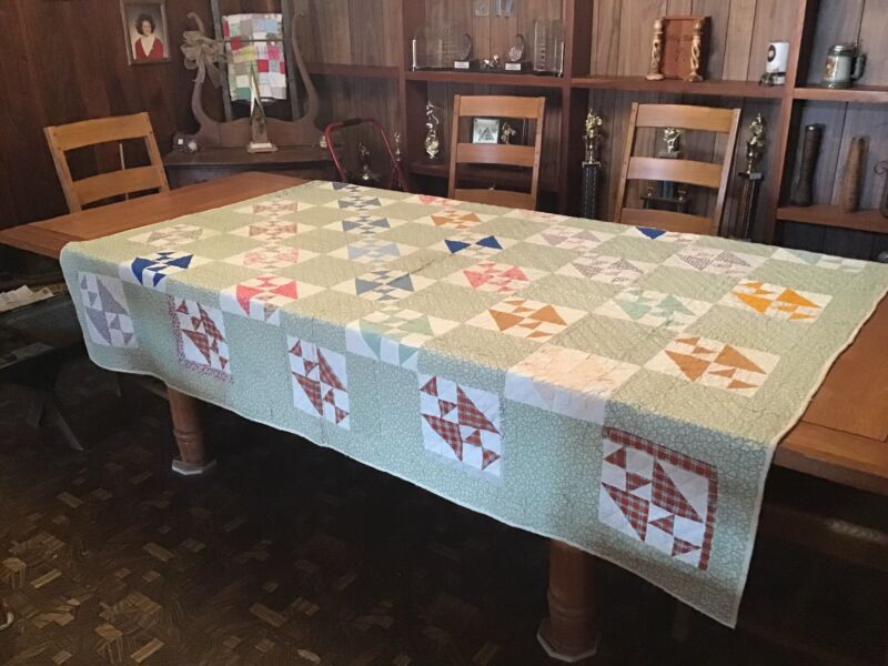 Vintage Quilt...Triangles