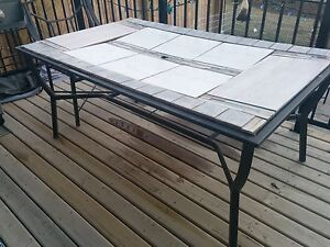 Patio table for free