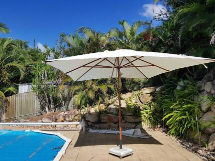 Outdoor Umbrella with Cover