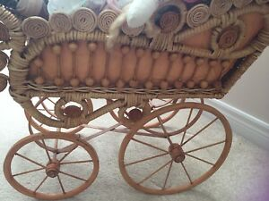 Replica antique doll carriage