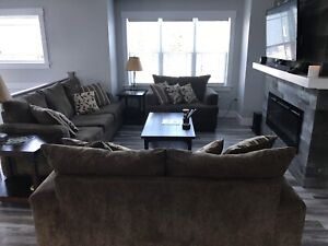 3pc Living Room Set (Couch, Love Seat, Chair)