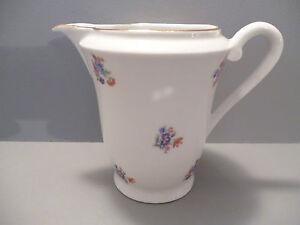 beau pot a lait ancien en porcelaine decor floral ebay. Black Bedroom Furniture Sets. Home Design Ideas