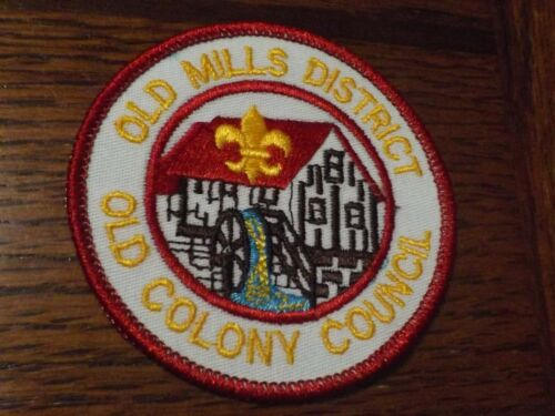 BOY SCOUT PATCH OLD COLONY COUNCIL OLD MILLS DISTRICT