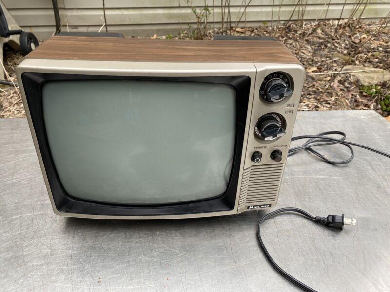 Vtg Midland 1980s 1970s Gaming Tv Television Modern Swag Retro wood grain 15-048