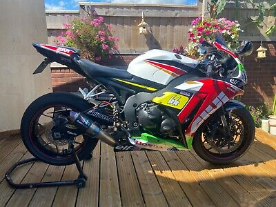 Honda CBR 1000rr Fireblade 20th anniversary edition 2013