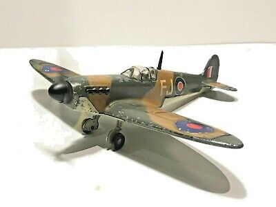 """✈️DINKY TOYS No.719 """"WORKING"""" SPITFIRE Mk2 Diecast Aircraft Complete New Battery"""