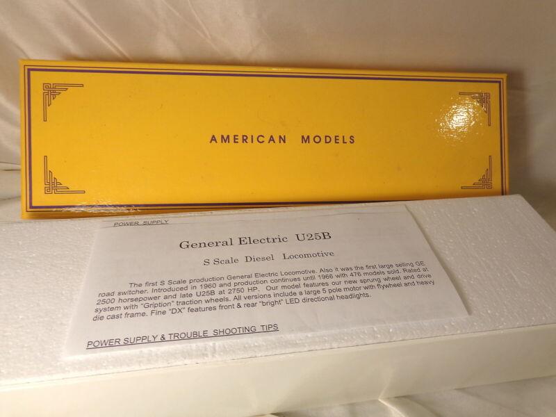 American Models U2509  U-25 Southern Pacific Diesel   / S Gauge / MIB