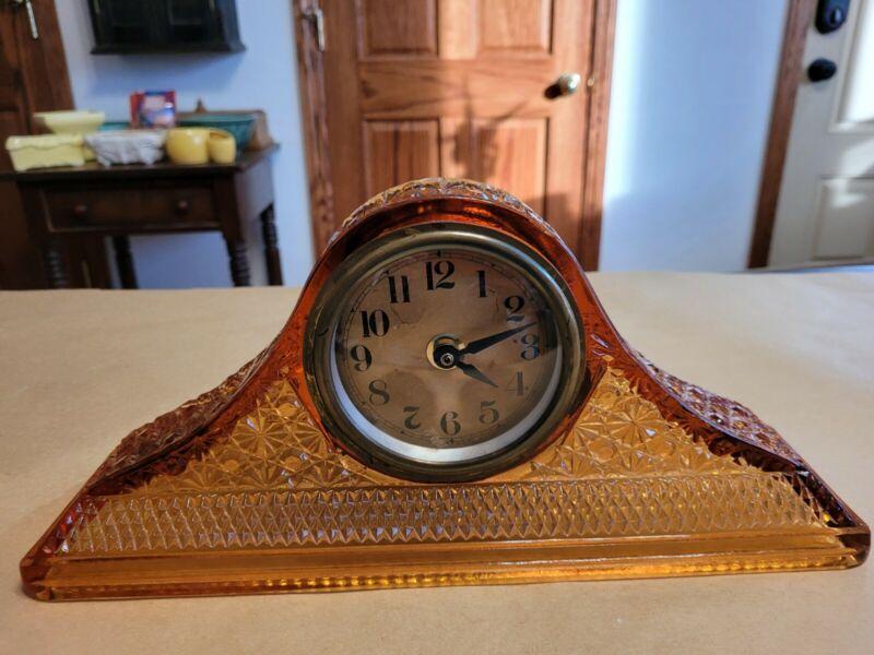 MCKEE Daisy & Button Amber Glass Mantle Clock