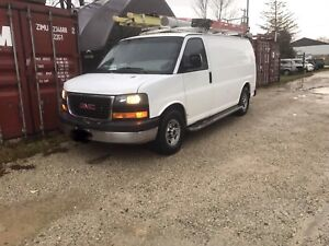 2009 GMC 2500 Savana Van ** Certified **