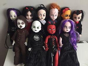 Lot de living dead dolls