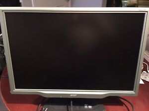 Acer flat screen monitor