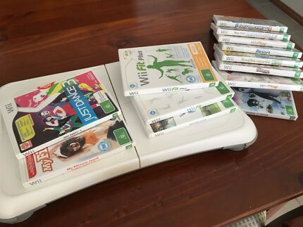 WII Fit, Play, Sing consoles and Games in great condition
